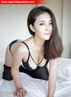 Escort: Katchi Photo 3