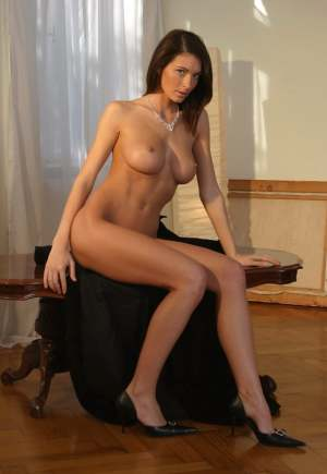 Escort: Lena Photo 3