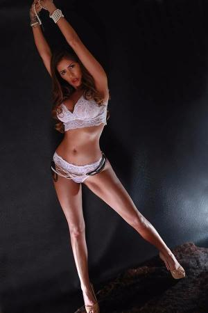 Escort: Angelina Photo 4